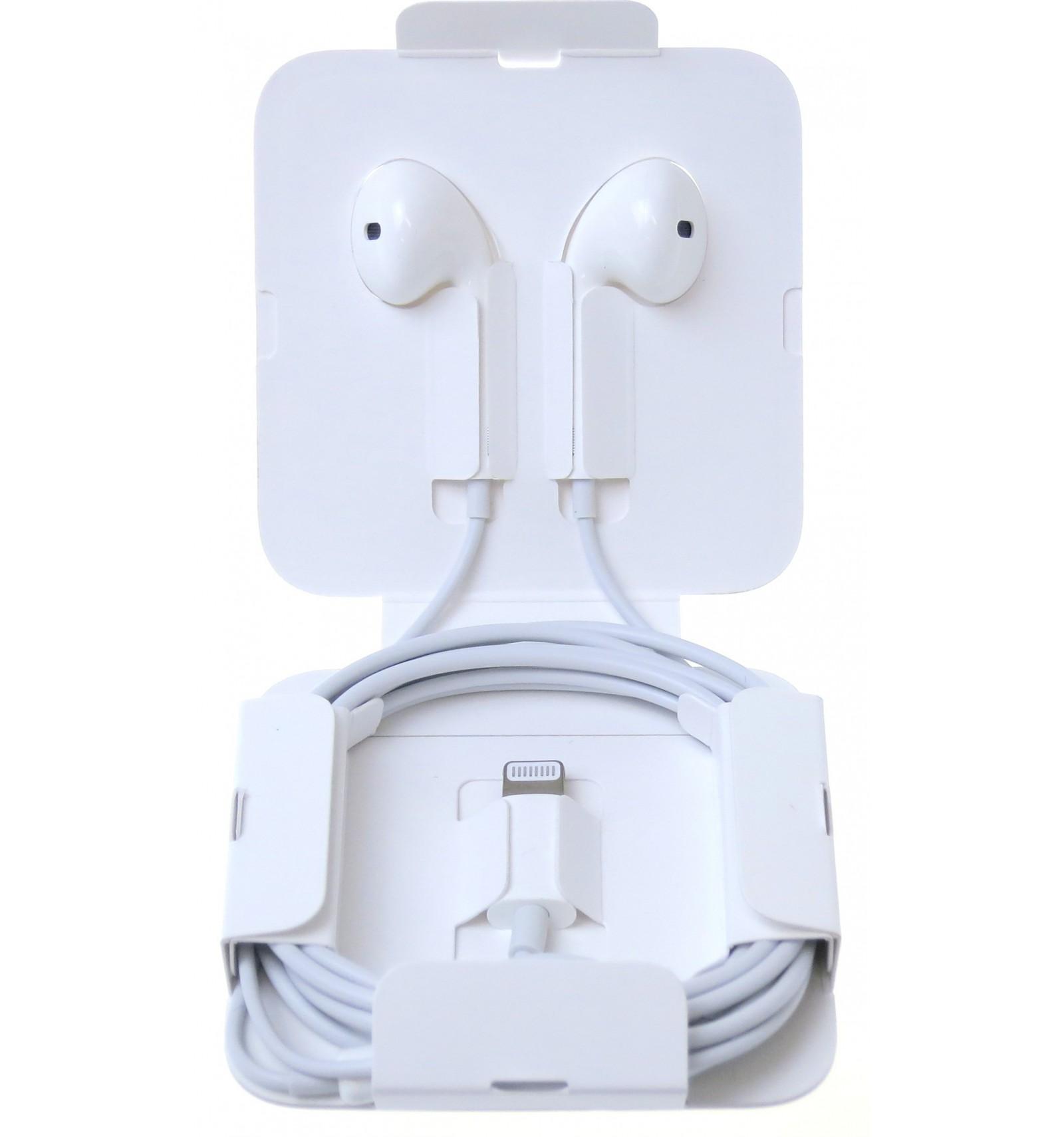 b87862b8c32 ... Apple earpod + lightning to headphone jack adapter white original